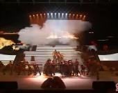 大型音乐舞蹈史诗《红旗永不倒》精彩上演