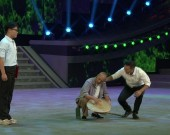 20情景山歌戏《杨梅甜了》