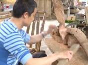 """残疾木雕师的""""雕味""""人生"""