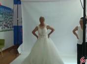 永定:11对金婚老人拍下人生第一张婚纱照