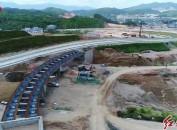 永定高速建设者:劳动献礼国庆挥洒汗水感受70载变迁