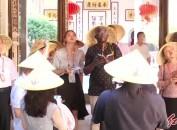 22国驻华使节团来我市访问